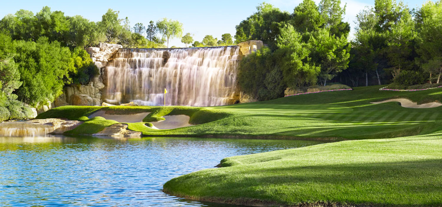 Tee Off At The Shadow Creek Golf Club | Winged Boots